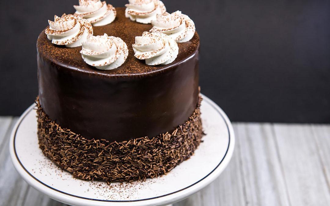EARL GREY CAKE AND INDIVIDUAL TRIANGLE